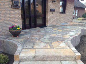 Steinarbeiten Eingangsbereich Korte Garten- und Landschaftsbau