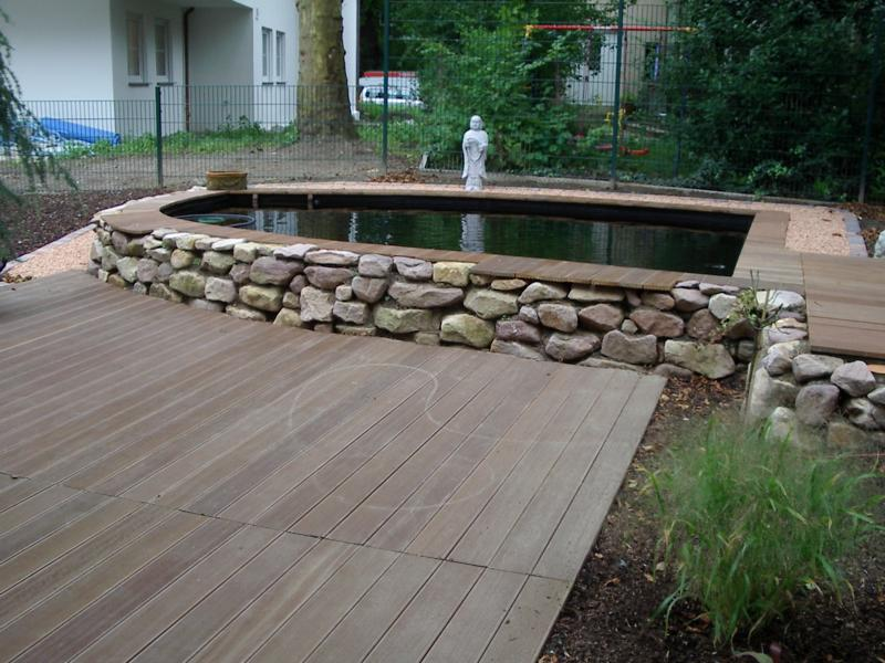 Teichumrandung aus Stein und Holz Korte Garten- und Landschaftsbau