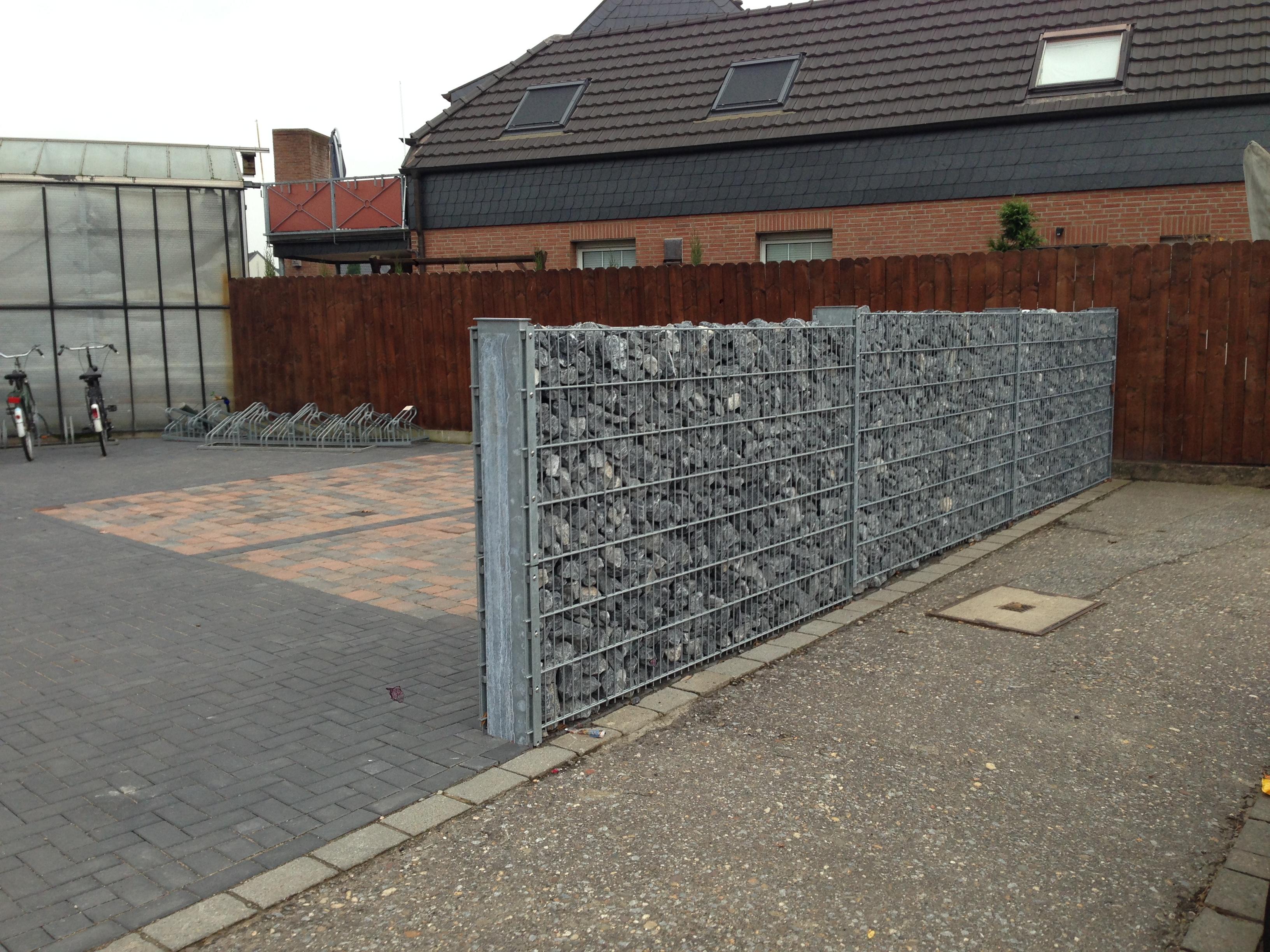 Zaunbau mit Steinen Korte Garten- und Landschaftsbau