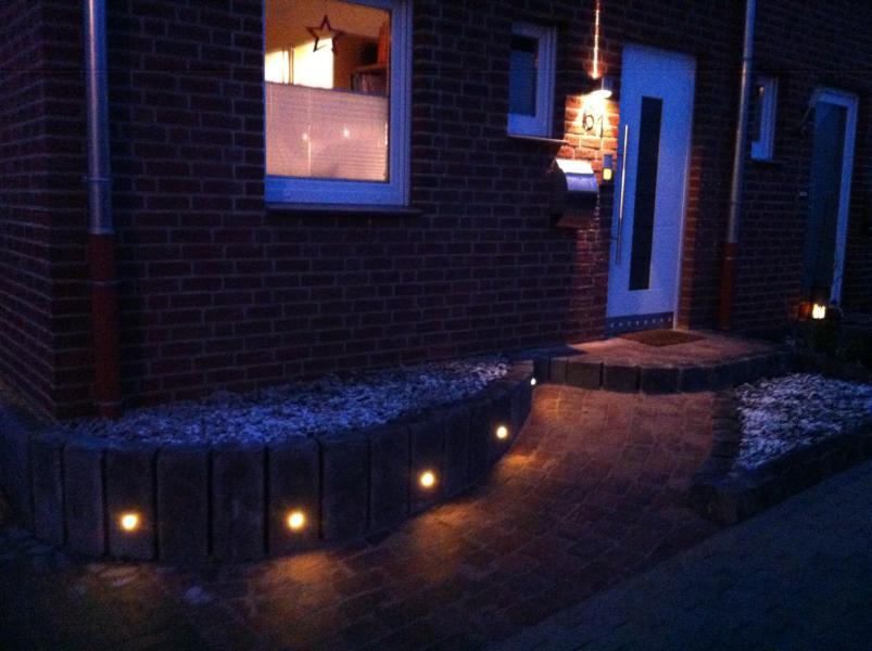 Pflasterung mit Beleuchtung Korte Garten- und Landschaftsbau