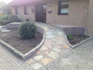 Pflasterung Haustür Korte Garten- und Landschaftsbau